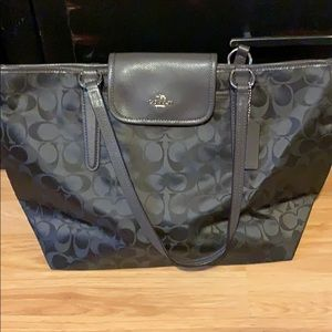 Great condition brown coach handbag